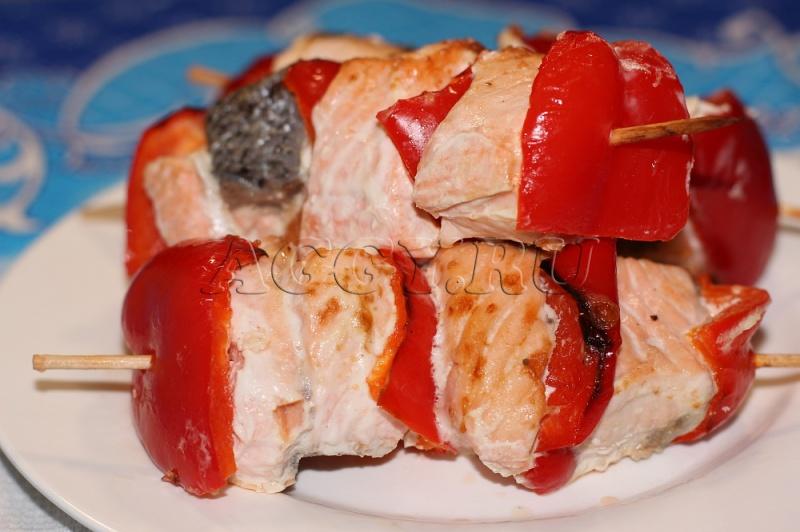 красная рыба на шпажках в духовке рецепты с фото